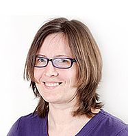 Dr. Liene Kornejeva (på barselsorlov)